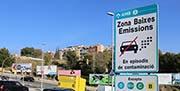 Restricciones de circulación y promoción del transporte público y la movilidad sostenible para combatir la contaminación ambiental en la conurbación de Barcelona