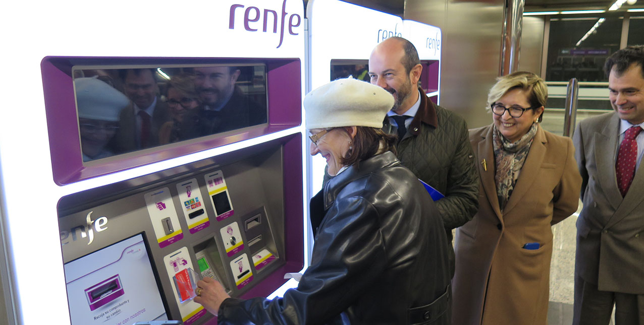 Cercanías se une a la red de recarga de la Tarjeta Transporte Público en Madrid